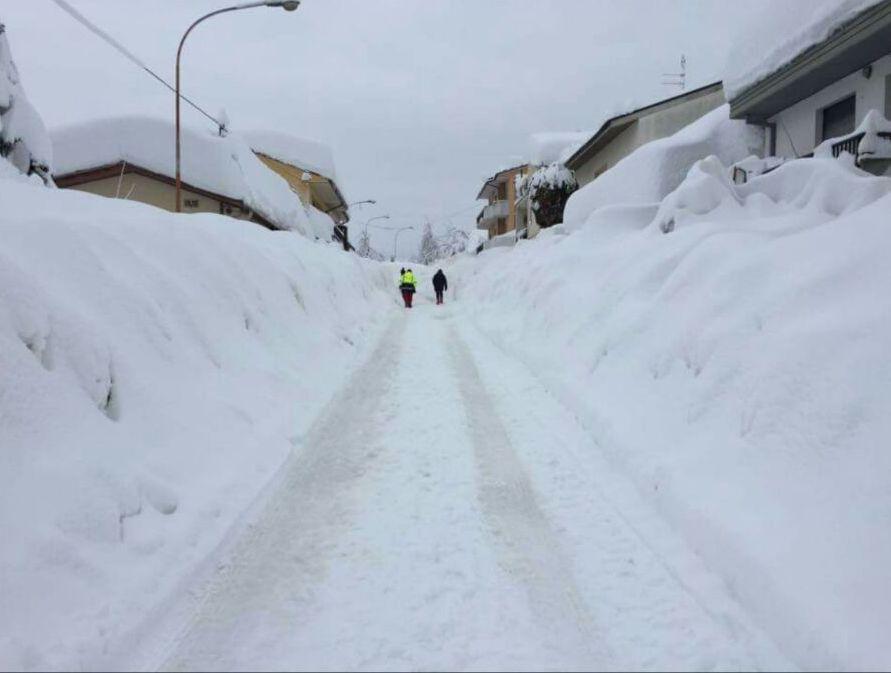 Pensieri dall'Abruzzo, ovvero il senso dei politici per la neve