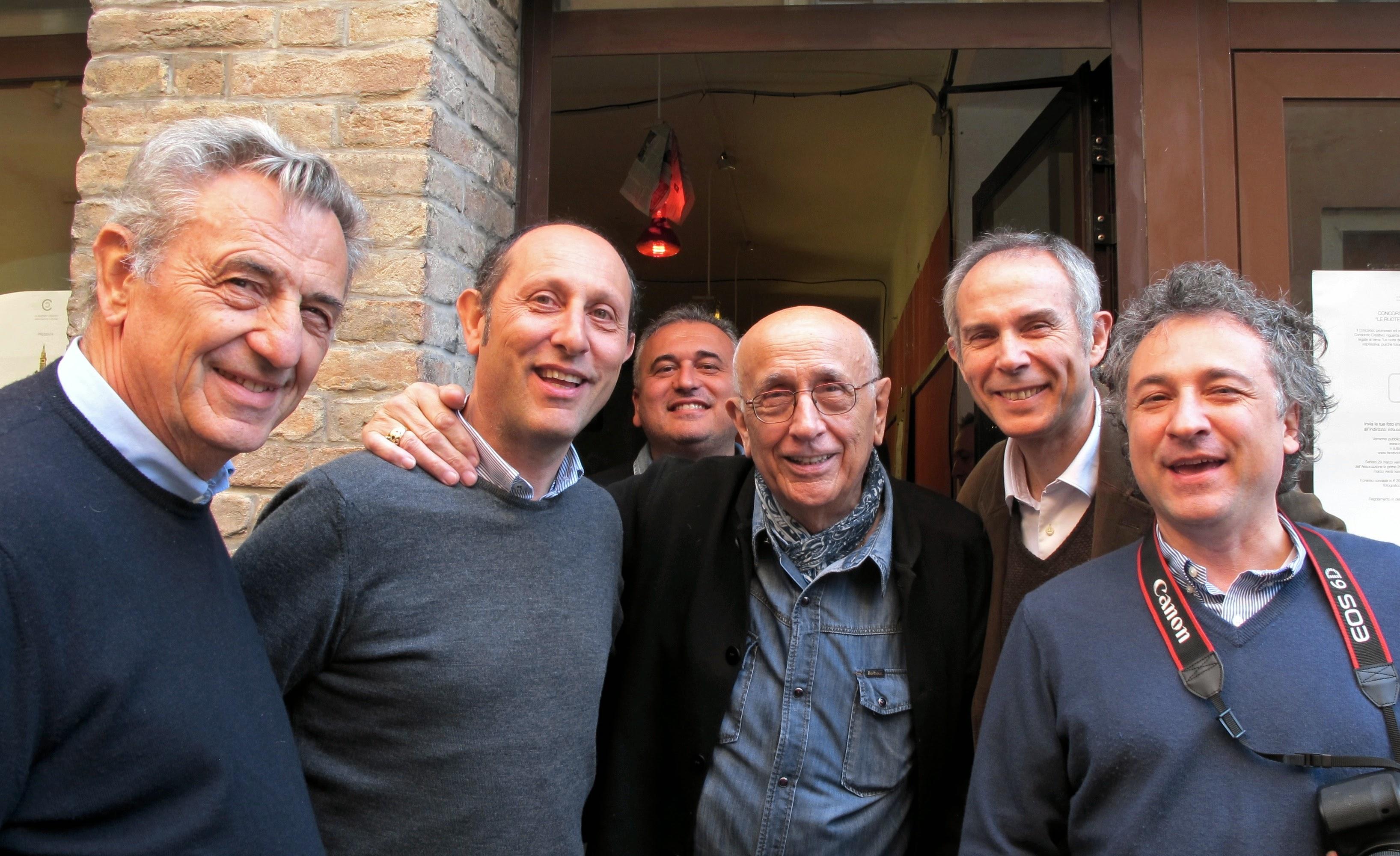 Alcuni soci del Consorzio Creativo con Franco Fontana Intervista